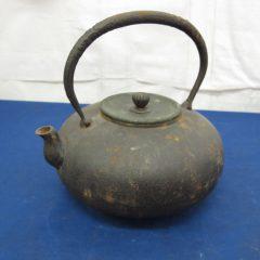 1912言久堂 鉄瓶