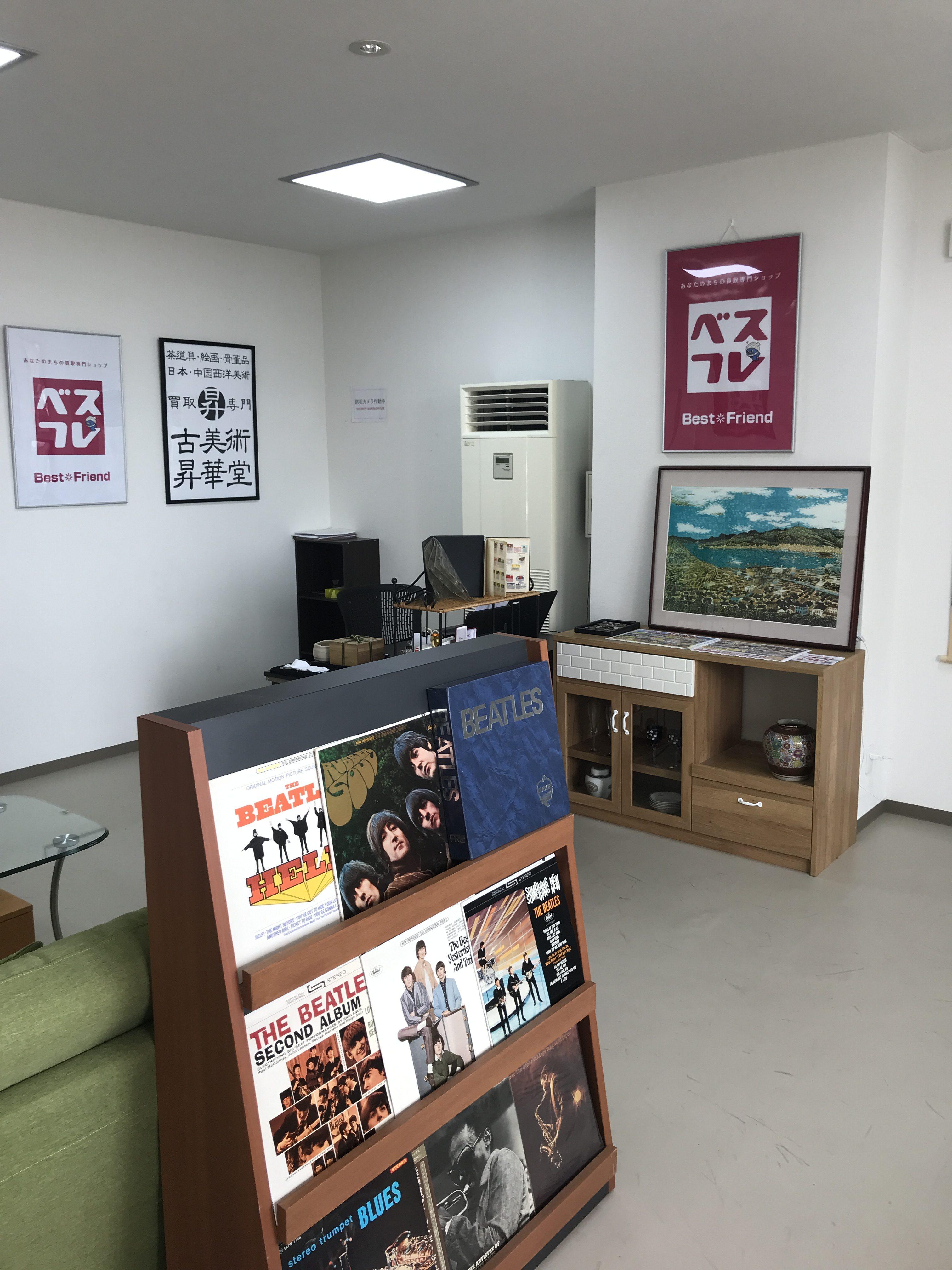 ベストフレンド高岡店店舗写真2